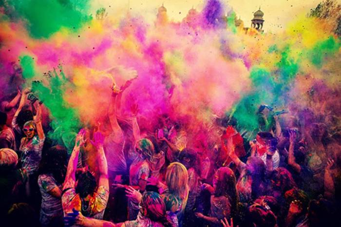 7bdd-201564-festival-colour.jpg-resize_then_crop-_frame_bg_color_FFF-h_800-gravity_center-q_70-preserve_ratio_true-w_1200_